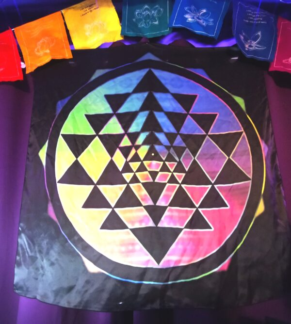 rainbow sri yantra
